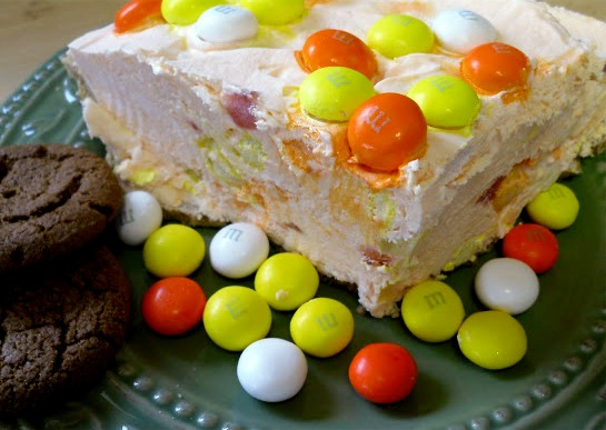 No Bake M&M® Yogurt Pie
