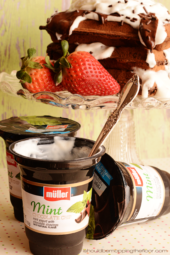 Chocolate Waffles with Muller Mint Chocolate Chip Yogurt Topping #MullerMoment #SoFab #ad