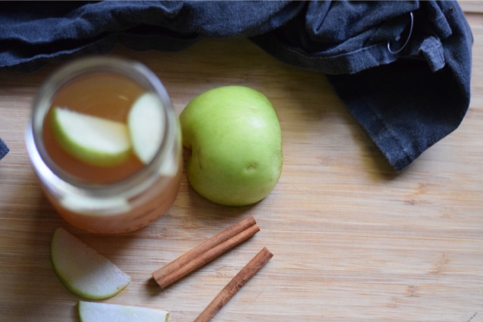 Vanilla Pear Spiced Cider Halloween Cocktail