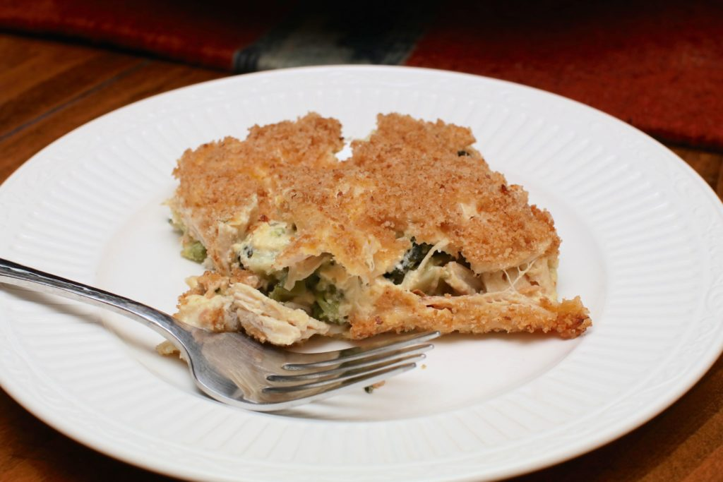 Grandma's Creamy Chicken and Broccoli Casserole