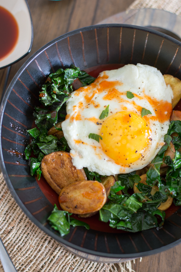 crispy potato and kale breakfast bowls