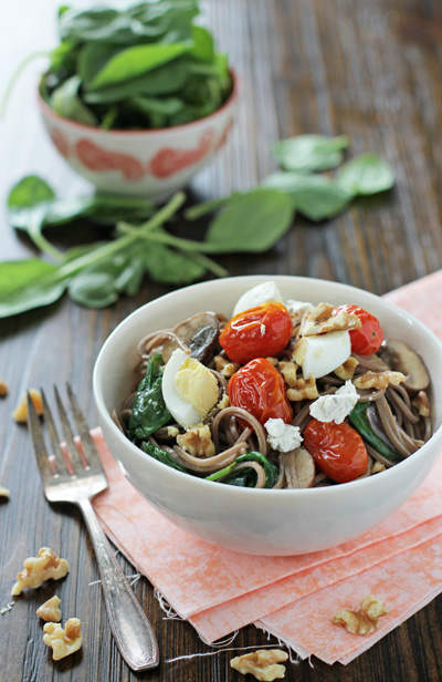 soba-noodles-with-roasted-tomatoes-mushrooms-and-eggs-web-1