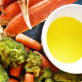 This Grilled Snow Crab Legs and Veggies recipe delivers a meal that's high-end restaurant quality. These buttery grilled snow crab legs pair perfectly with broccoli and carrots and this dish is shockingly simple to make!