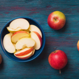 Keep Sliced Apples Fresh Longer