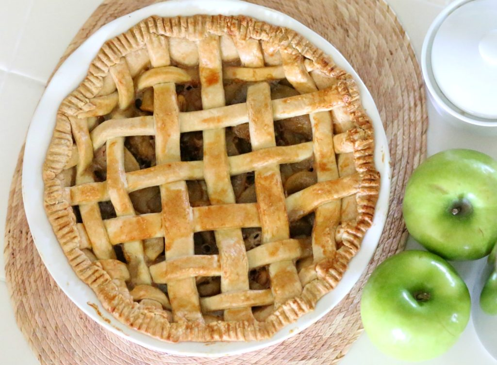 Apple Picking Season means filling baskets with ripe fruit for Sweet Recipes and snacking. Add apple slicing to your meal prep routine this simple hack too!