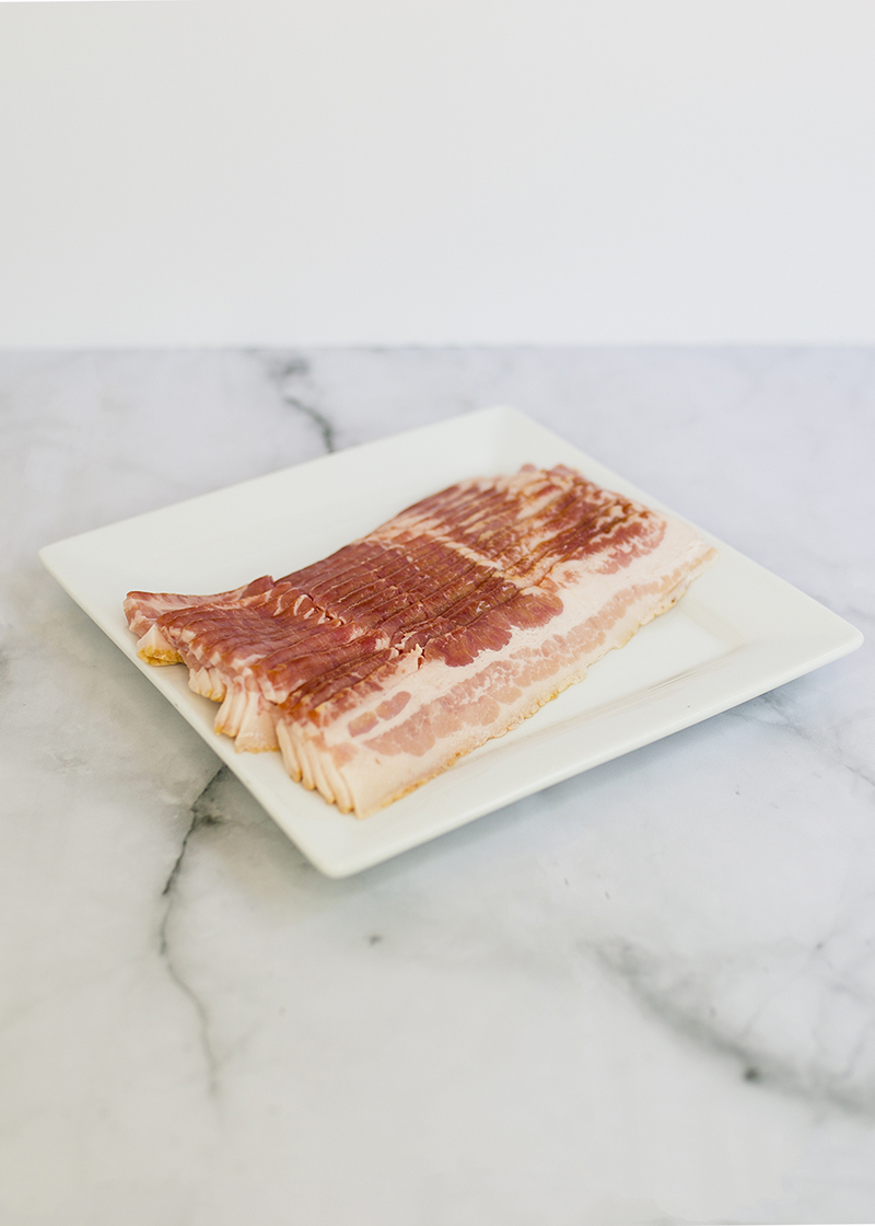 Love bacon, but hate the time and mess of making it? This handy kitchen hack is your saving grace. Enjoy your favorite protein source in all of your best recipes when you learn how to make 4-Minute Perfect Crispy Bacon with no mess!