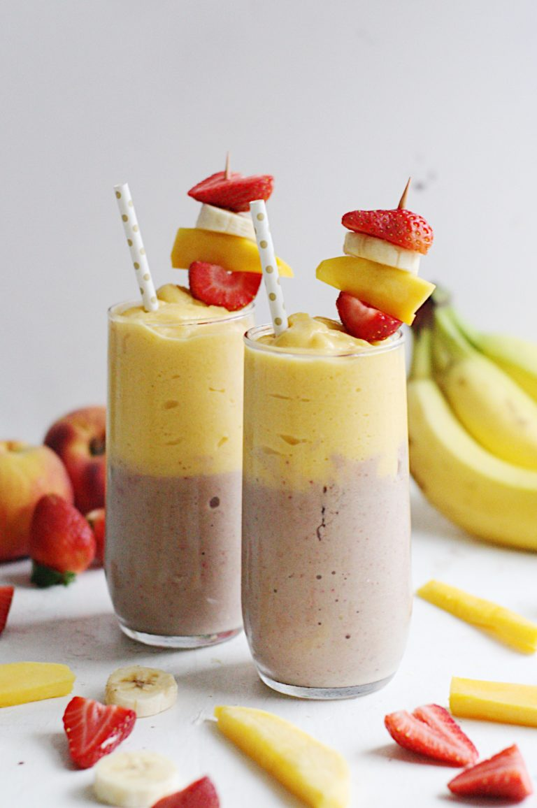 Balance the holiday season overindulgence with an easy breakfast using fresh, healthy ingredients. These five Low-Sugar Smoothies are the perfect way to start your day and detox your body!