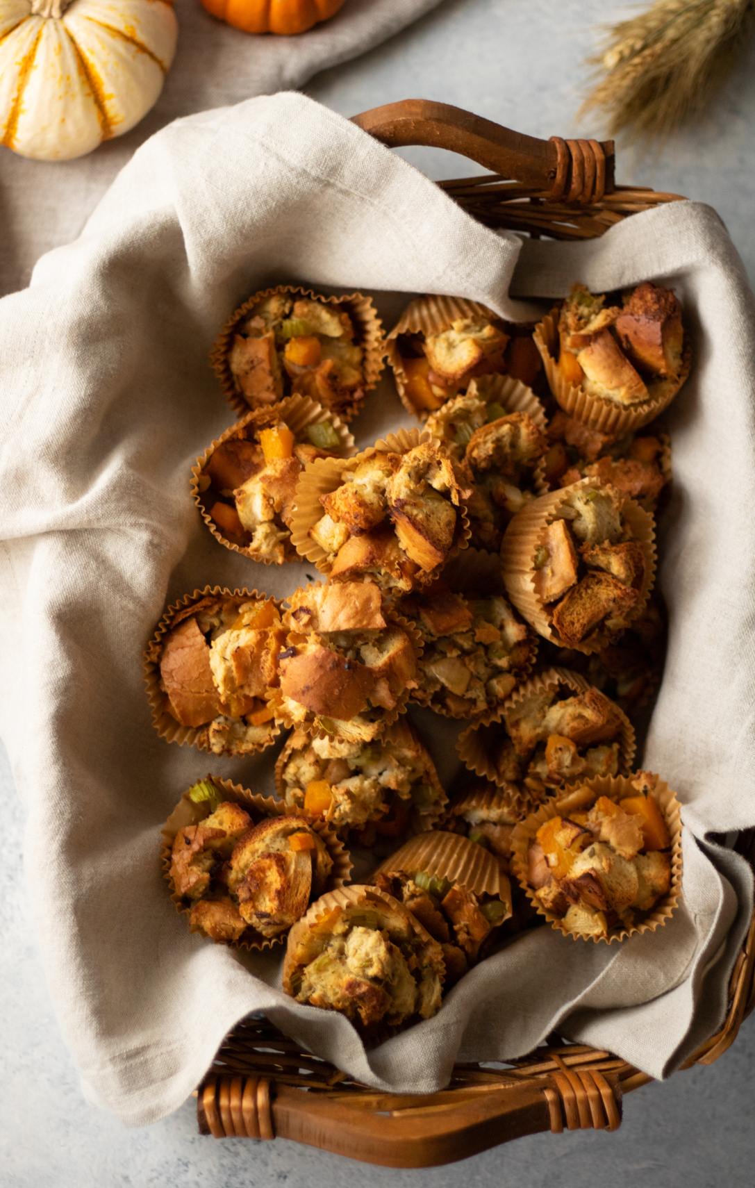 Let us take the stress out of your holiday dinner menu with this simple, portable side dish recipe! These Butternut Sausage Stuffing Muffins are perfect for an office potluck, family gathering, or Friendsgiving.