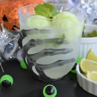 Monster Mint Mocktail: Spooky Mojito